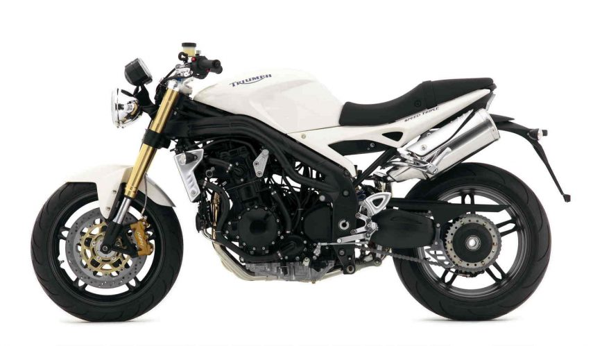 Moto del día: Triumph Speed Triple (2005)