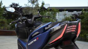 Xciting S 400 Detalle Azul 24