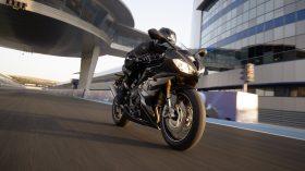 Triumph Daytona Moto2 765 04