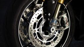Triumph Daytona Moto2 765 23