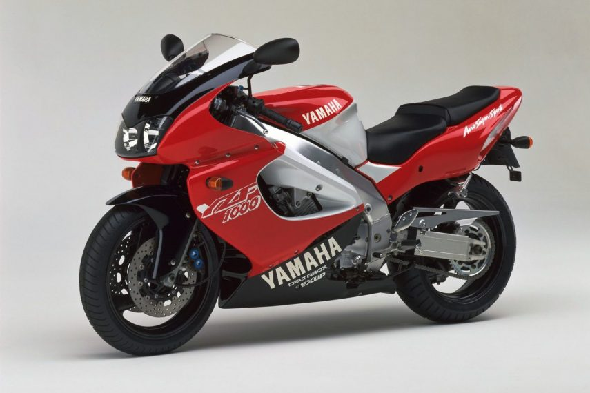 Moto del día: Yamaha YZF-1000R Thunderace