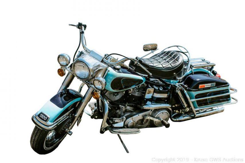 Vendida la Harley-Davidson FLH 1200 Electra Glide de Elvis Presley por 800.000 dólares