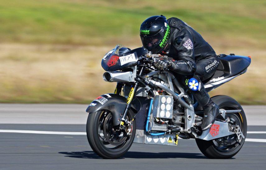 La TT Zero Bike ha roto cuatro récords de velocidad para motos eléctricas