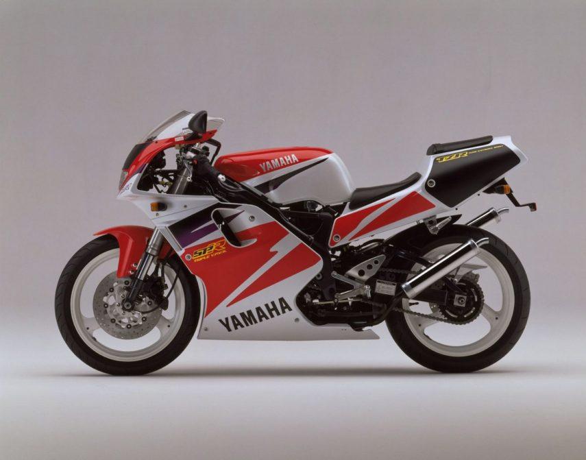 Moto del día: Yamaha TZR 250