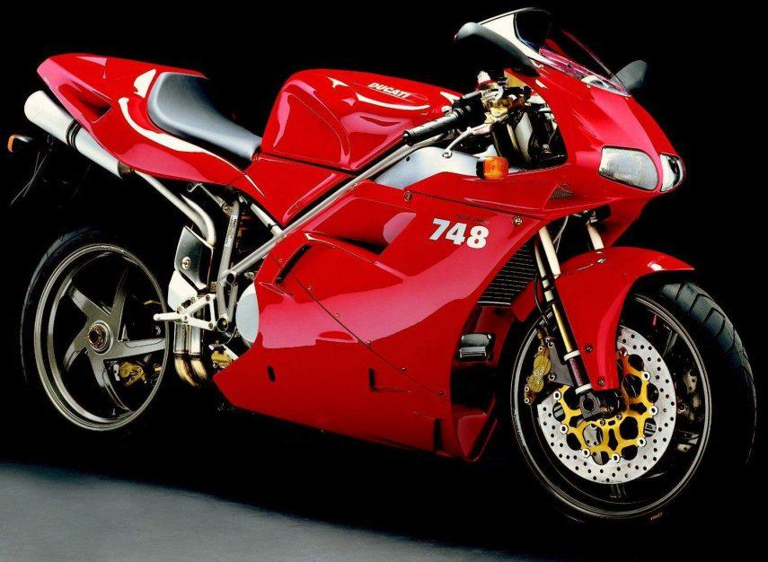 Moto del día: Ducati 748S