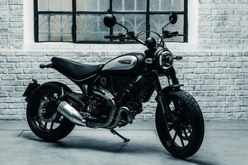Ducati Scrambler Icon Dark 2020: ocuridad asequible