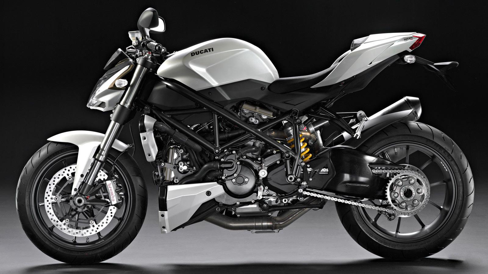 Ducati Streetfighter 1100 2