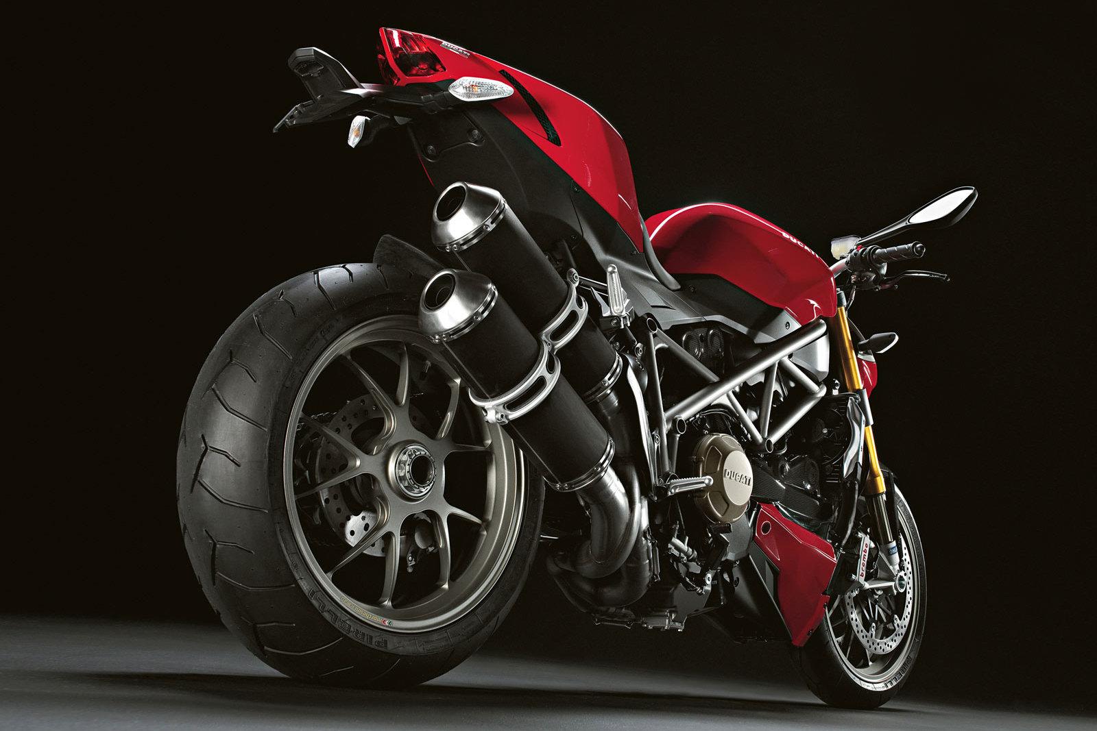 Ducati Streetfighter 1100 S 3