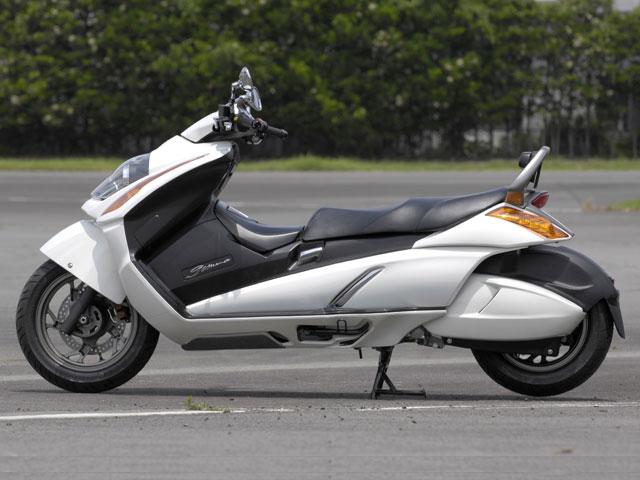 Suzuki Gemma 250 1