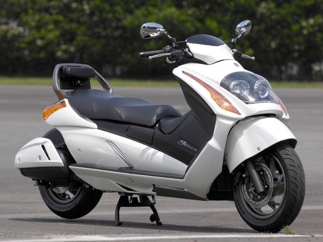 Suzuki Gemma 250 2