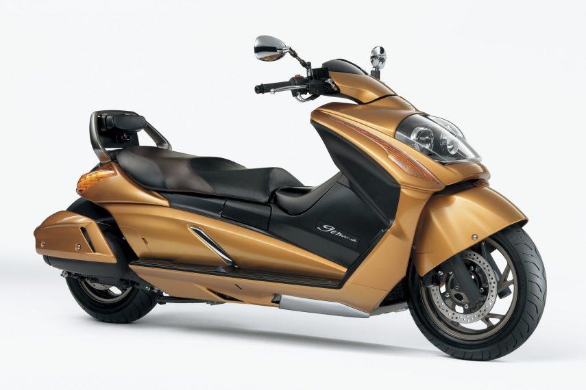 Moto del día: Suzuki Gemma 250