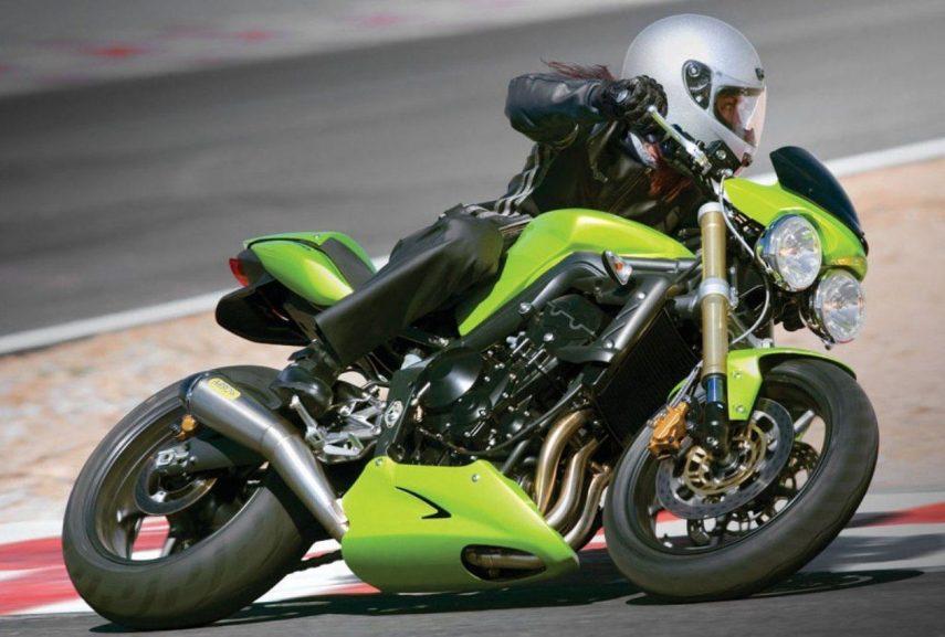 Moto del día: Triumph Street Triple 675 (2007)