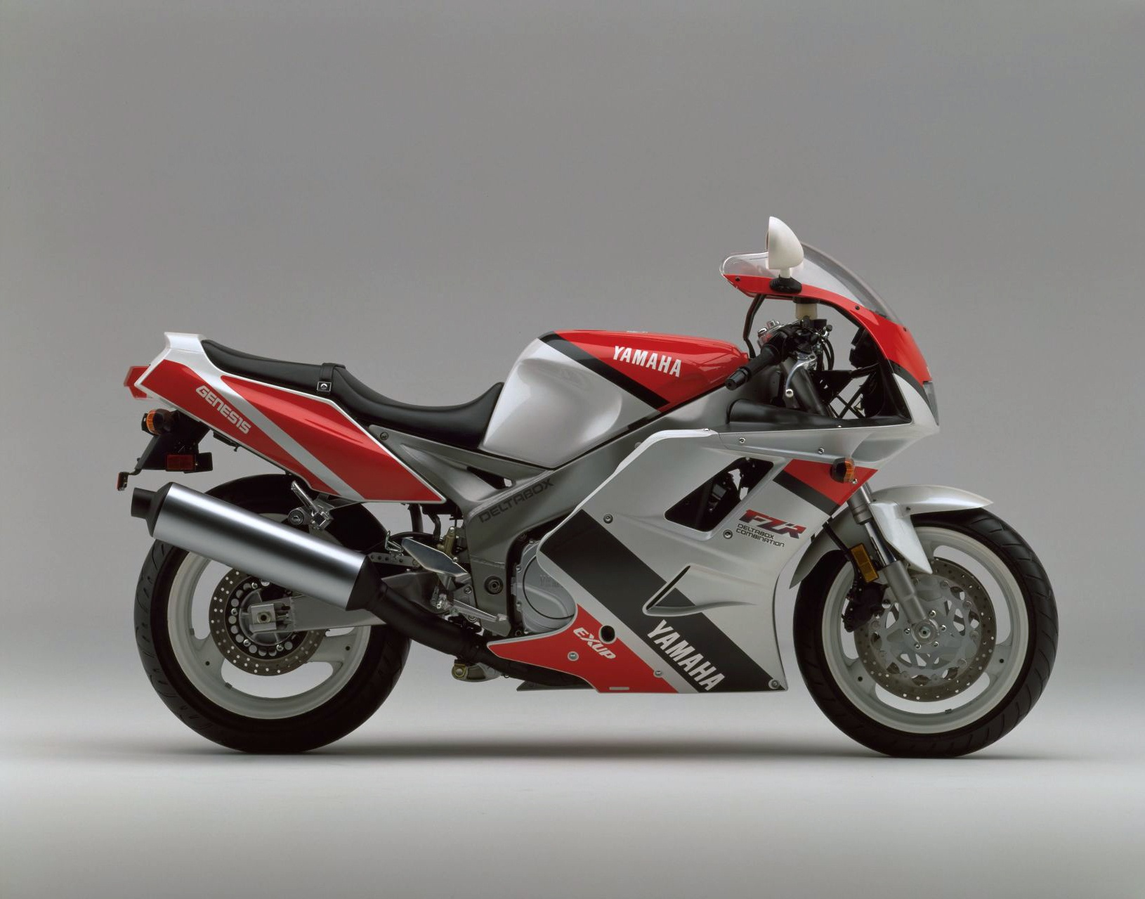 Yamaha FZR 1000 9