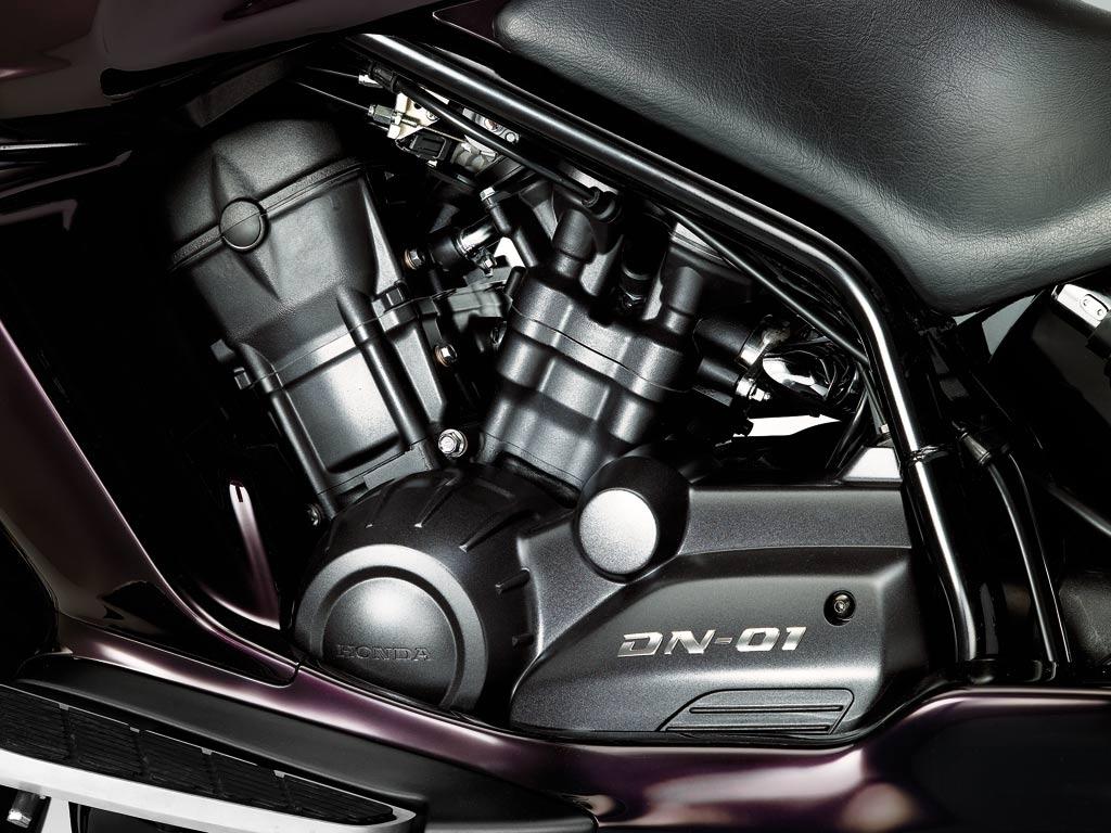Honda DN 01 5