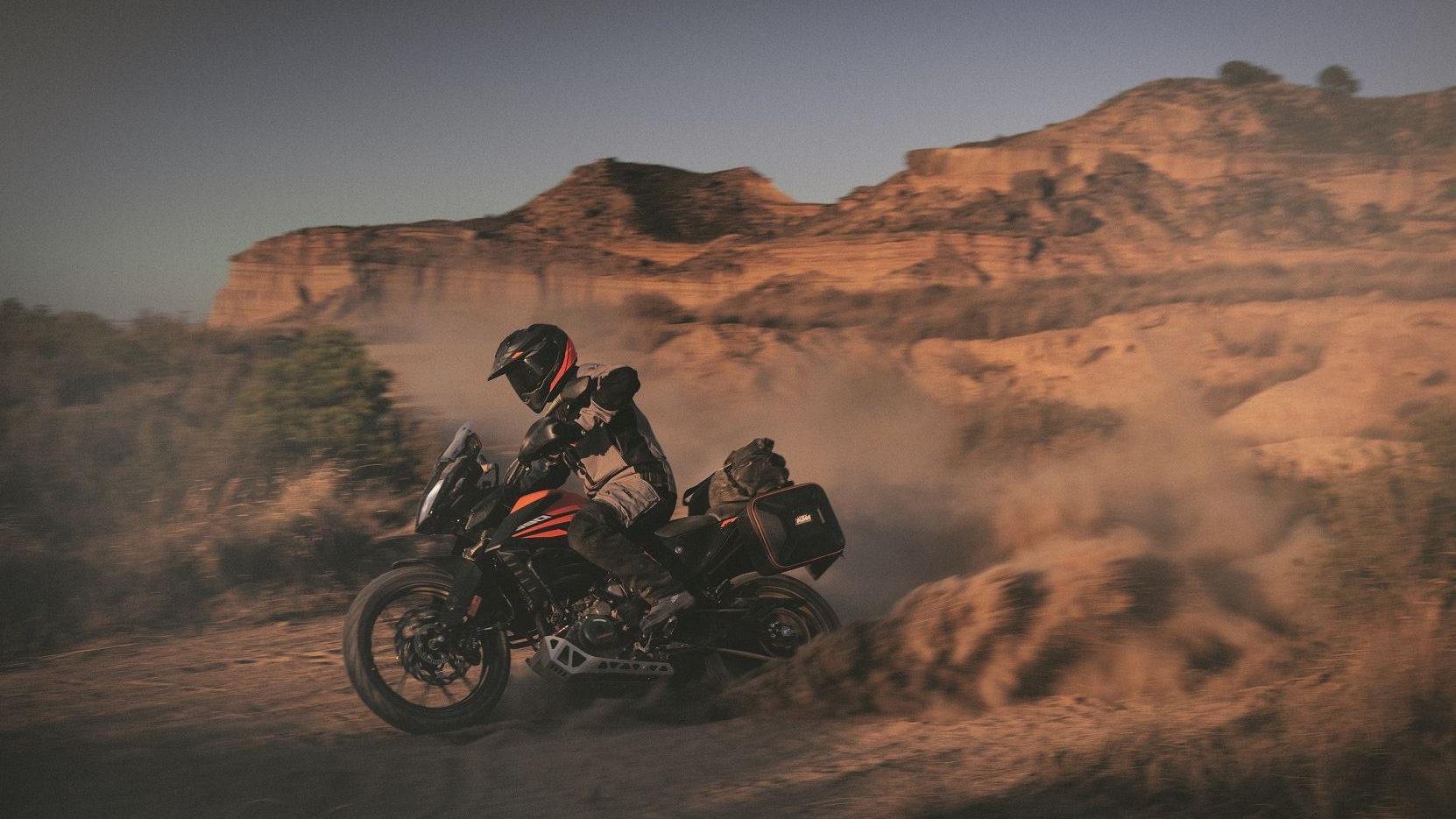 KTM 390 Adventure 2020 1
