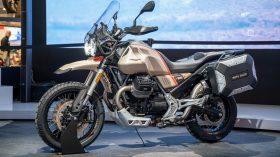 Moto Guzzi V85 TT Travel 01