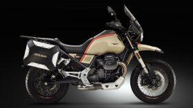 Moto Guzzi V85 TT Travel 09