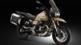 Moto Guzzi V85 TT Travel 15