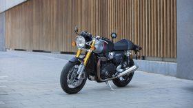 Triumph Thruxton RS 2020 14