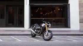 Triumph Thruxton RS 2020 15