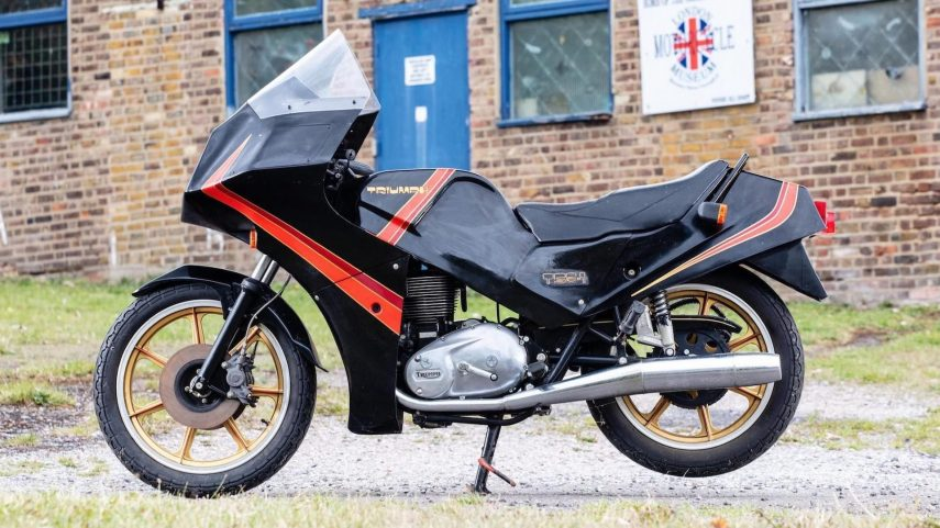 Moto del día: Triumph TS8-1 Prototype