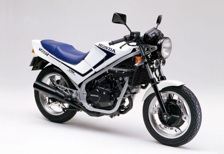 Moto del día: Honda VT 250 F
