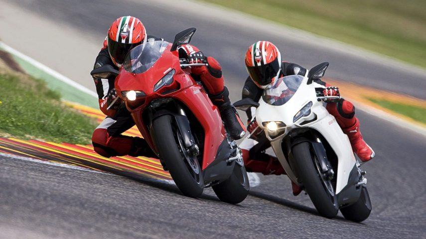 Moto del día: Ducati 848