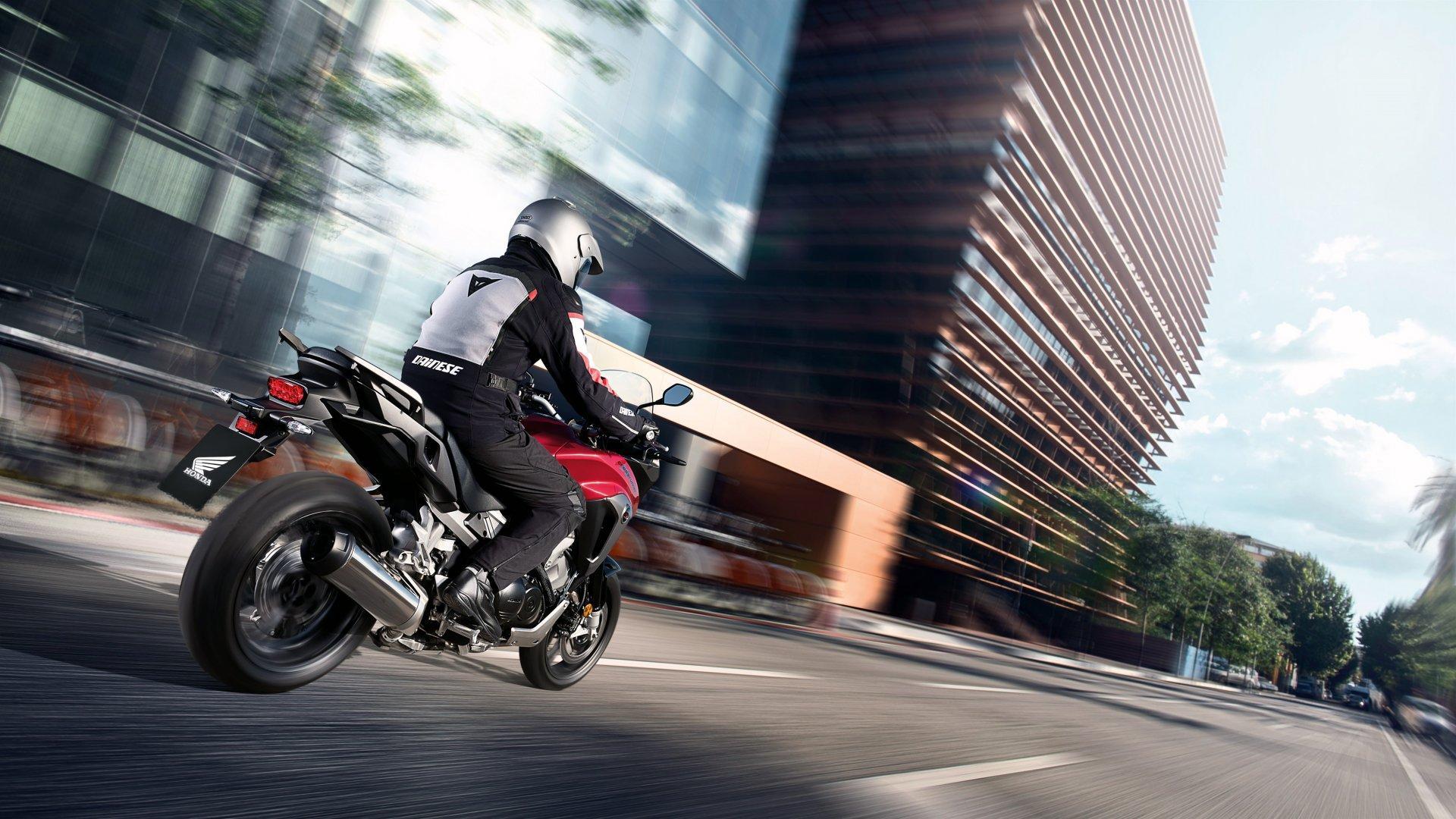Honda VFR 800 X crossrunner 9