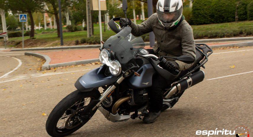 Prueba Moto Guzzi V85 TT 04