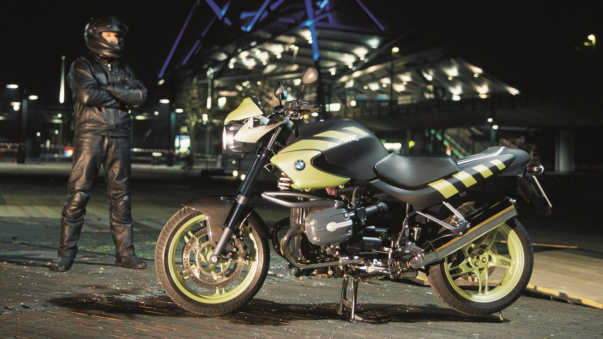 Moto del día: BMW R 1150 R Rockster