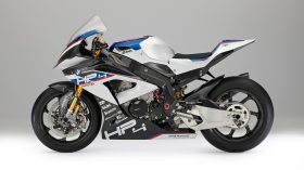 BMW HP4 Race 03