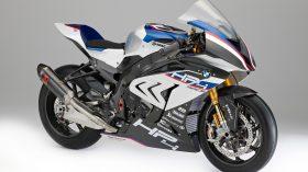 BMW HP4 Race 04