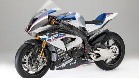 BMW HP4 Race 05