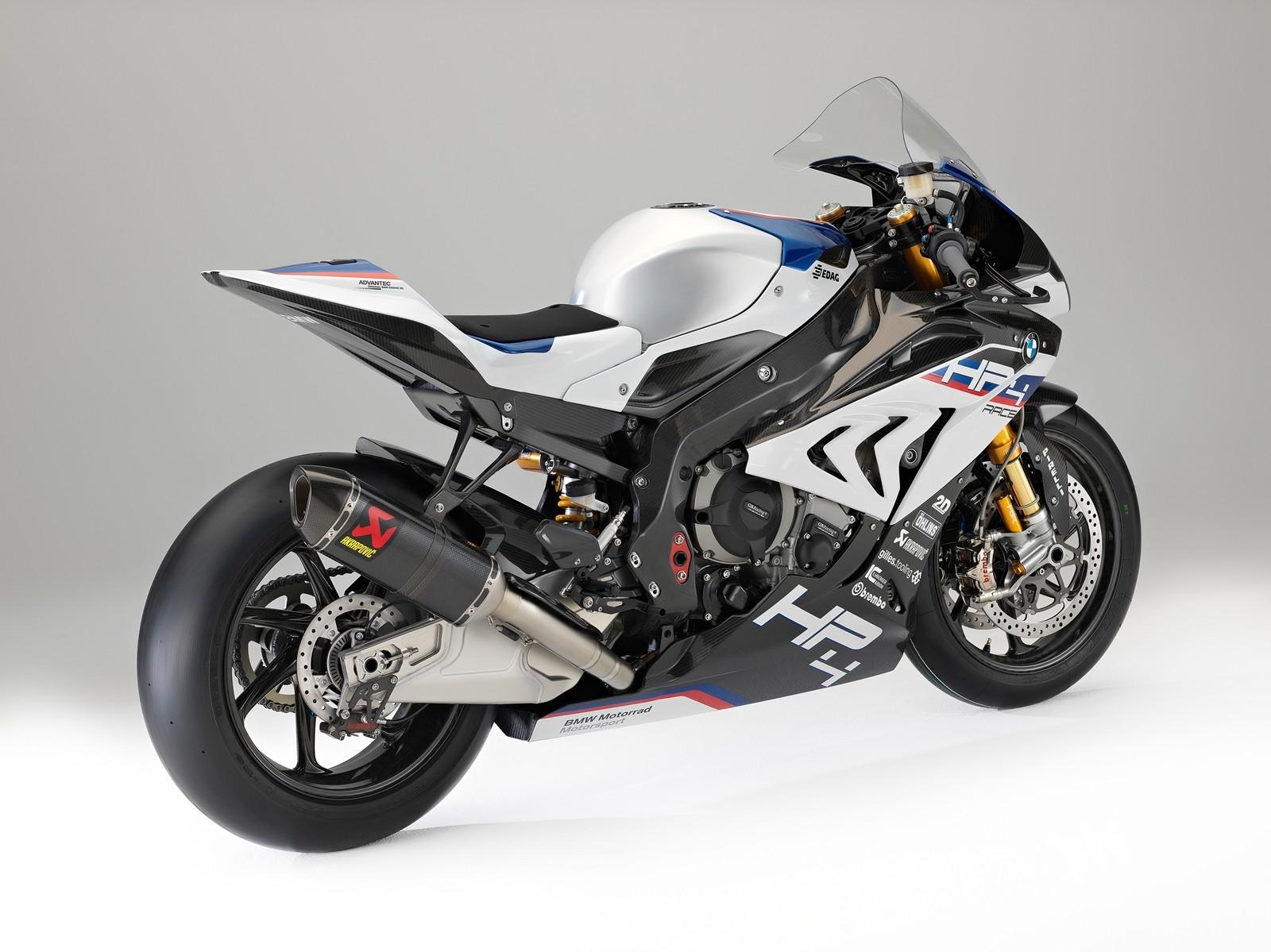 BMW HP4 Race 07