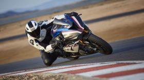 BMW HP4 Race 08