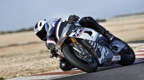 BMW HP4 Race 09