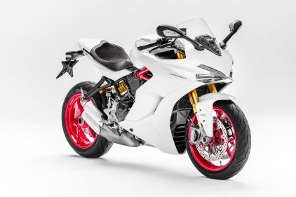 Ducati Supersport S 2017 1