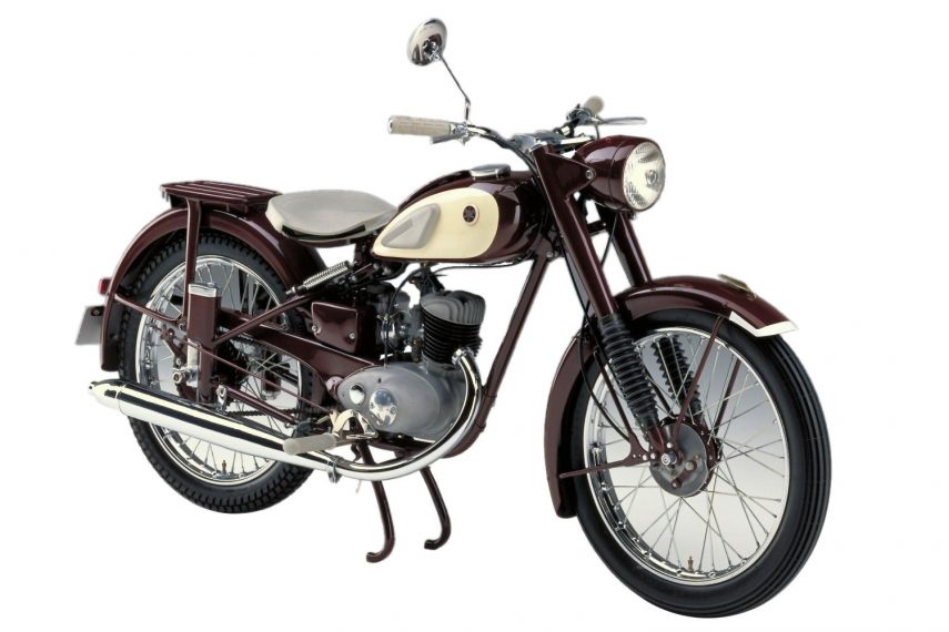 Moto del día: Yamaha YA-1