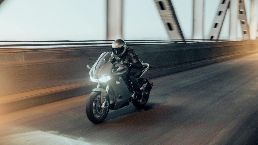Zero SR/S, la moto eléctrica ahora en versión deportiva