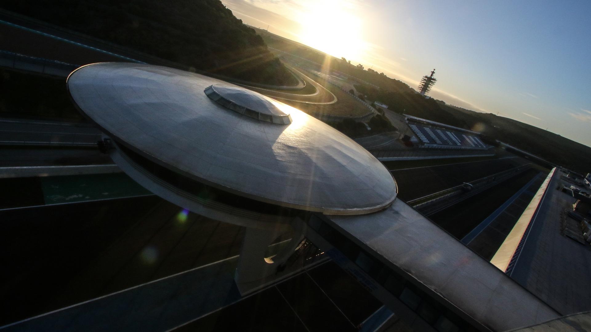 Dorna pide permiso al Gobierno para celebrar dos carreras en Jerez