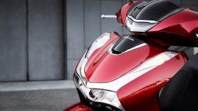 Honda Scoopy SH125i 03