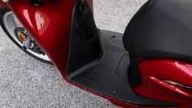 Honda Scoopy SH125i 08