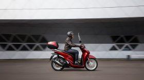 Honda Scoopy SH125i 32