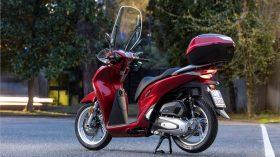 Honda Scoopy SH125i 61