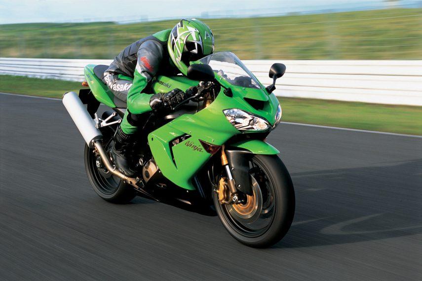Moto del día: Kawasaki Ninja ZX-10R (2004)
