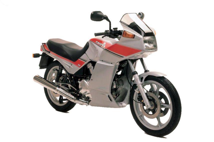 Moto del día: Cagiva Alazzurra 350