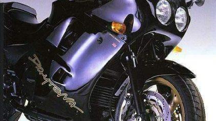 Triumph Daytona 1200 3