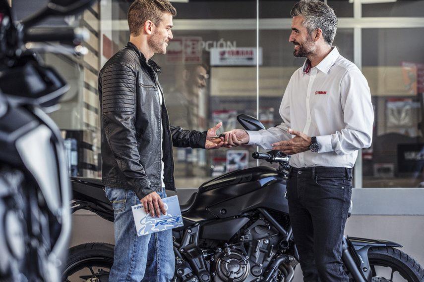 Yamaha cambia su estrategia comercial y solo venderá motos en concesionarios oficiales