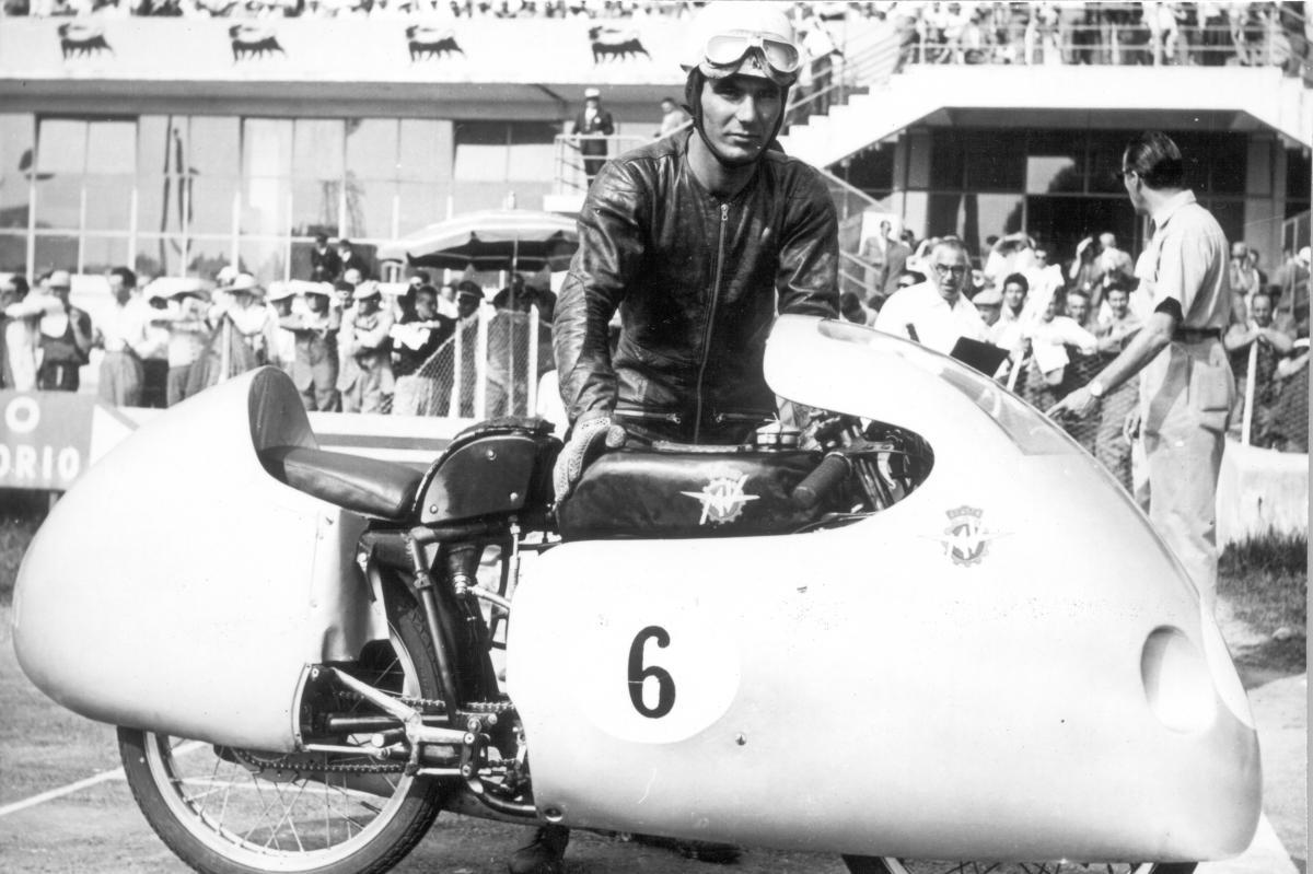 Fallece a los 90 años Carlo Ubbiali, nueve veces Campeón del Mundo