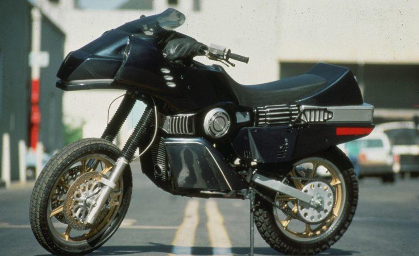 halcon callejero moto serie